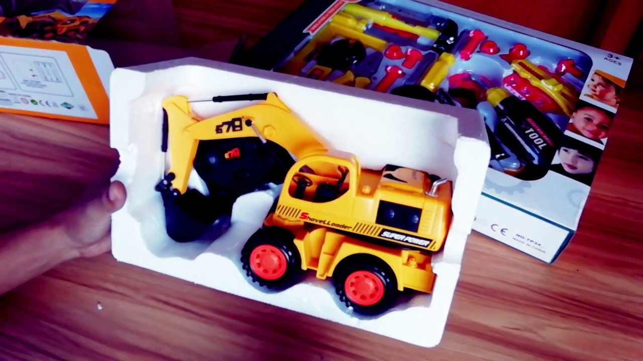 Excavator repair in my workshop.RC Toy Excavator.Toys Review video for kids.
