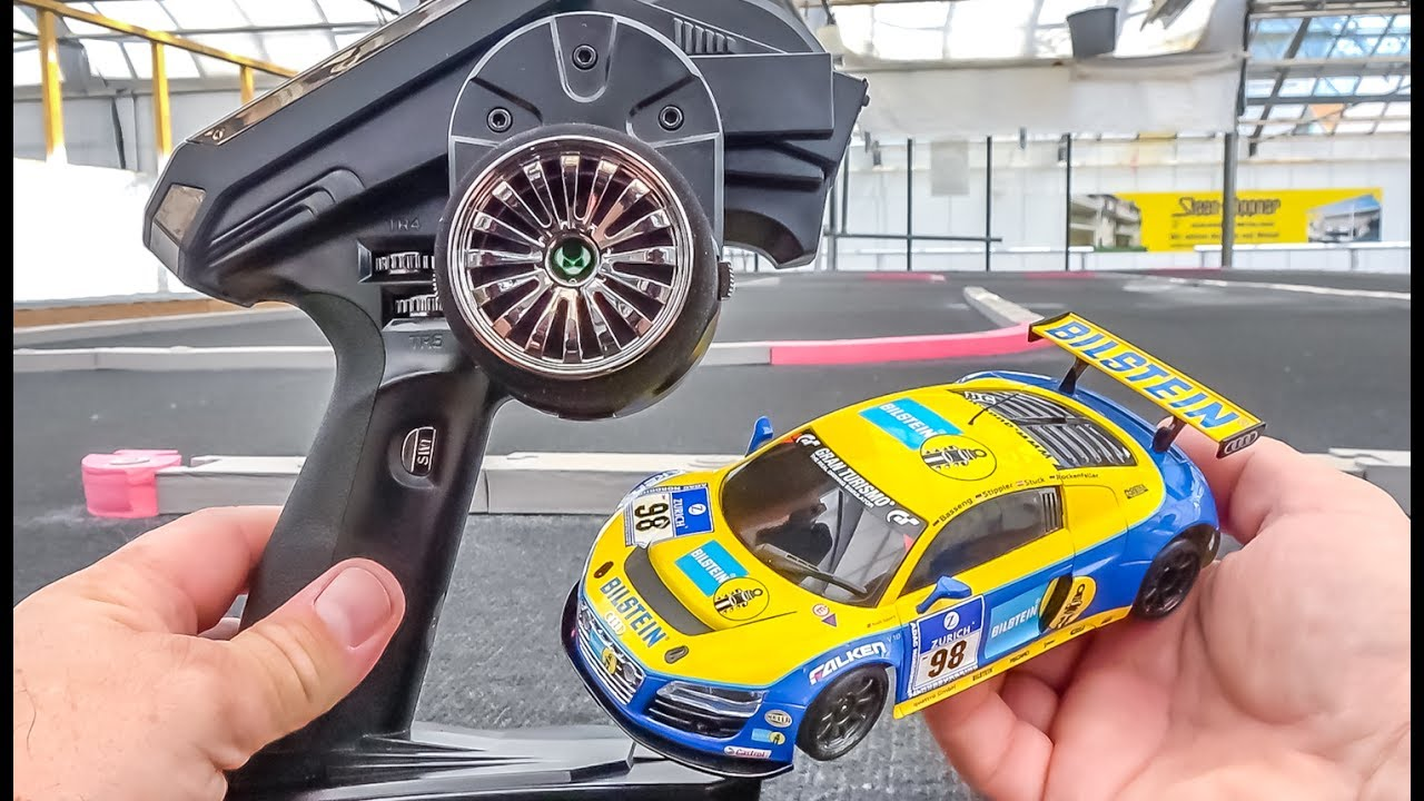 RC car AUDI R8 gets unboxed, tuned and tested! Kyosho Mini-Z!