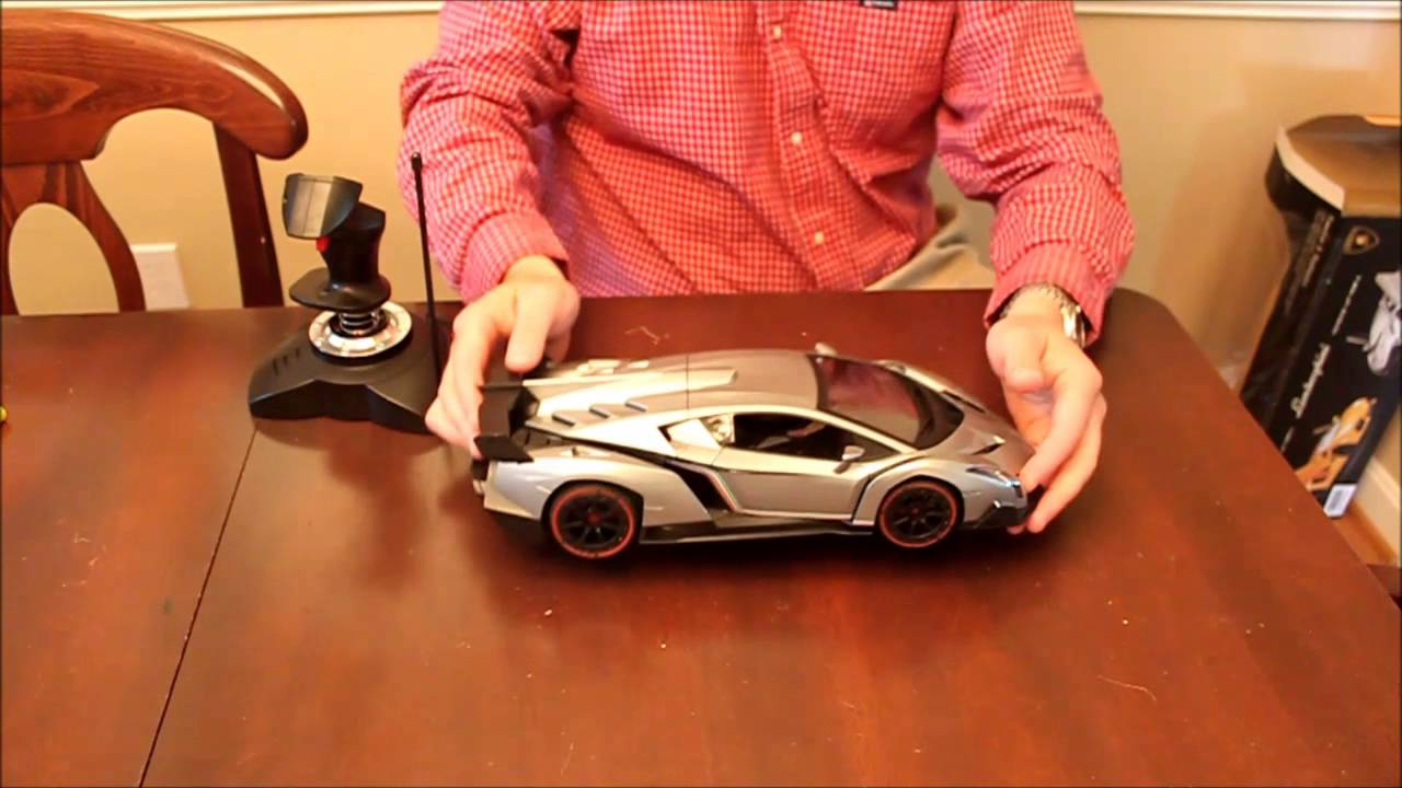 1/14th Scale Model Veneno RC Car