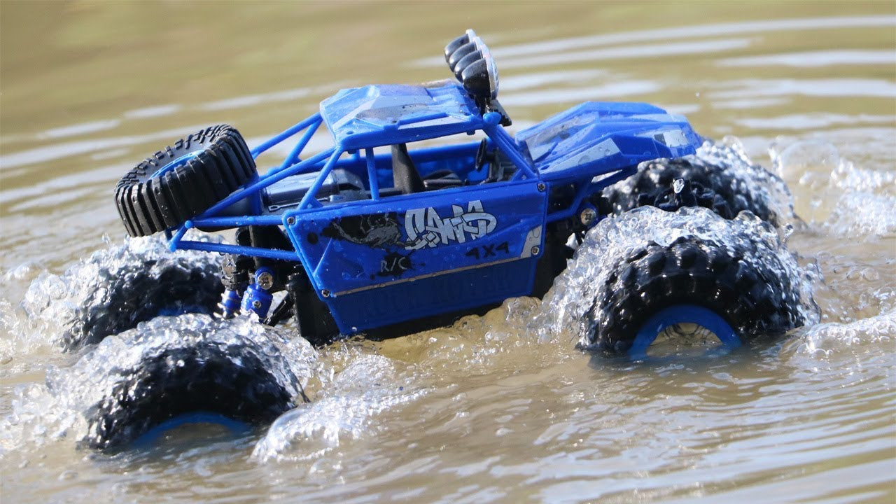 Car Can Drive in Water – Rock Rover Car Review – Toy Cars For Kid Videos – Car Drive In River
