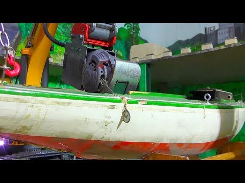 Heavy RC Excavator with chainsaw! Fantastic RC Trucks and Machines! Cool Toys