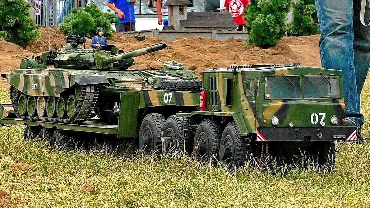 HUGE RC SCALE 1:8 MILITARY VEHICLES IN MOTION OUTDOOR RC MODEL ARMY