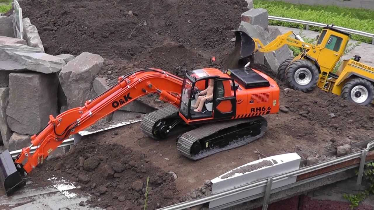 RC EXCAVATOR O&K RH 6,DAMITZ BAGGER, BIG RC CONSTRUCTION SIDE! RC LIVE ACTION! heavy model digger