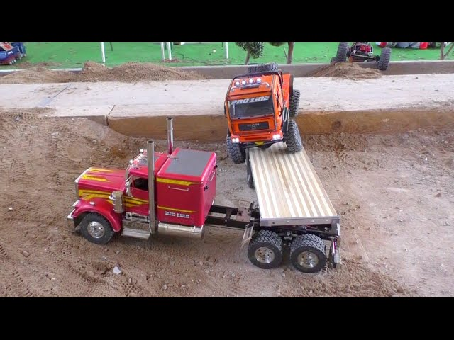 TRUCKS AND MACHINES – HEAVY LOAD ON TRAILER –   RC fair !