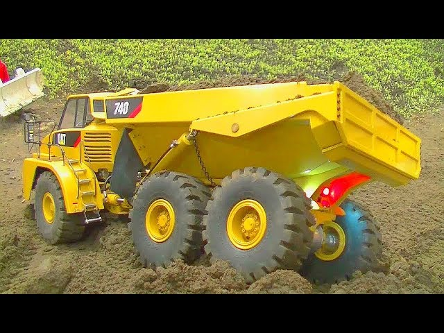 RC TRUCK ACTION! FANTASTIC RC TRUCKS, RC SCANIA, RC MAN, AND HEAVY RC MACHINES! RC LKIVE ACTION TOUR