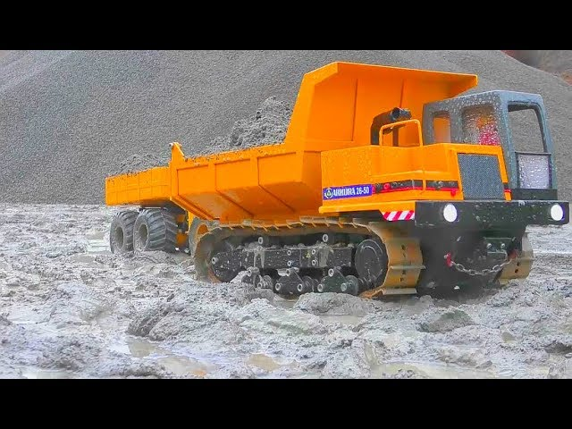 EXTREME CONSTRUCTION MACHINES! HEAVY RC MACHINES WORK IN THE MUD! RC LIVE ACTION FOR BOYS!