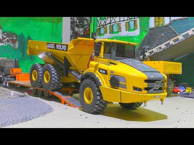 VOLVO EQUIPMENT TRANSPORT! AMAZING RC DUMP TRUCK TRANSPORT TO THE CONSTRUCTION ZONE! RC LIVE ACTION