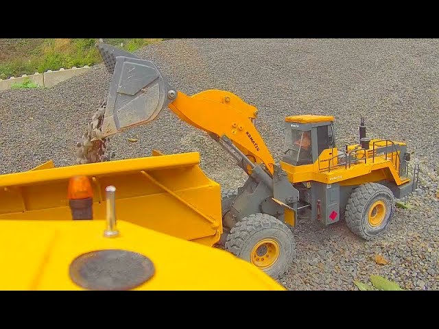 HEAVY RC CONSTRUCTION DAY! FANTASTIC KOMATSU WA600-6 AND VOLVO A45G IN ACTION! RC LIVE ACTION