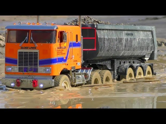 Best Of RC Vehicles! Fantastic Globe Liner 6×6 in Action! Cool RC Truck In The Mud!