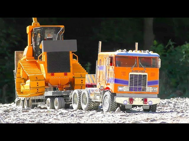RC Stone Mine! Strong RC Vehicles work at the Stone Mine! Komatsu WA 600-6 in Action