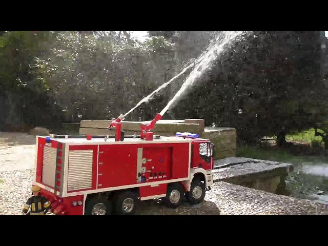 RC FIRE TRUCK, BIGGEST FIRE TRUCK IN THE WORLD