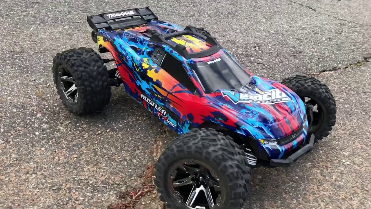 Traxxas Rustler 4×4 VXL Review – Velocity RC Cars Magazine