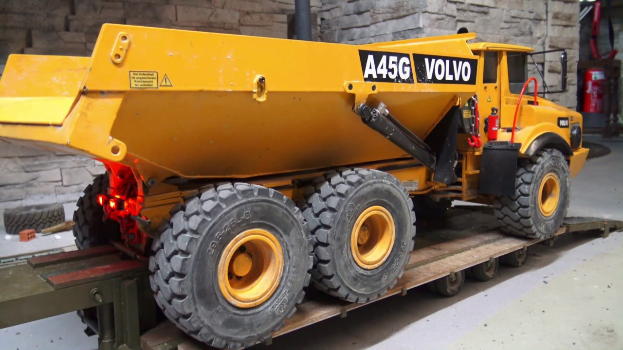 RC DUMP TRUCK REPAIR! VOLVO A45G BECOMES NEW WHEEL HUB! COOL RC VEHICLES AT WORK
