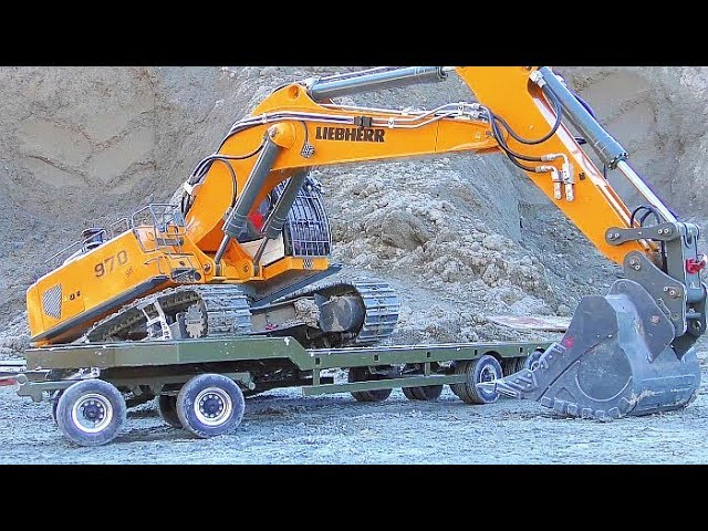 RC LIEBHERR EXCAVATOR IN ACTION! FANTASTIC RC DIGGER 970 SME! WORK IN THE WOODS! COOL RC VEHICLES