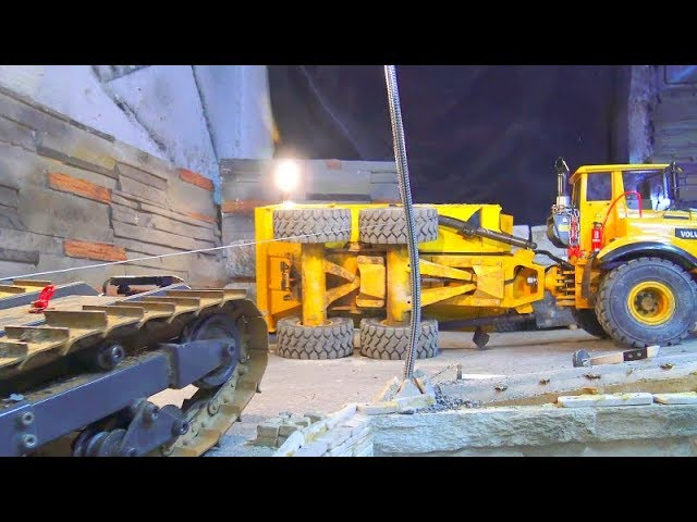 RC VOLVO DUMP TRUCK FAIL! RC VEHICLES CRASH AT THE CONSTRUCTION SITE! STRONG 80t RC WINCH DOZER