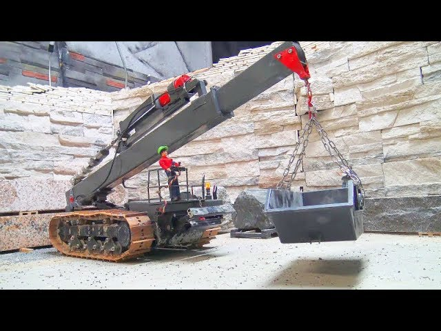 RC CRANE DOZER ! FIRST TEST WITH THE 50t CRANE! SELF MADE RC VEHICLE! COOL TRUCKSIN ACTION