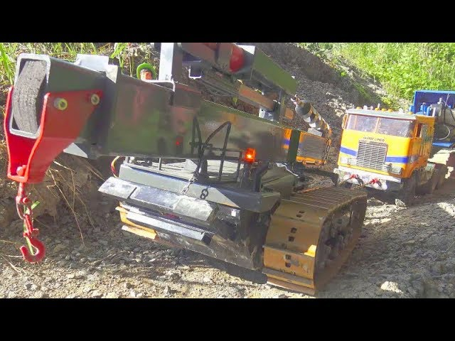 HYDRAULIC RC EXCAVATOR AT WORK, HEAVY DRILL DOZER SAVE 100t TRANSPORTATIOIN, INTERNATIONAL 9670
