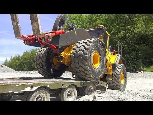 RC CONSTRUCTION VEHICLES, MAZ 537 G, BC8, HEAVY WHEEL LOADER, KOMATSU HD 405, RC MAMMOTHG IN ACTION