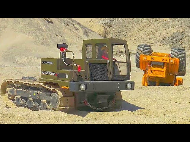 RC MOROOKA T800 WITH 80tWINCH, CROSS RC MC6 IN ACTION, AMAZING RC TRUCK RESCUE, BIGGEST CONSTRUCTION