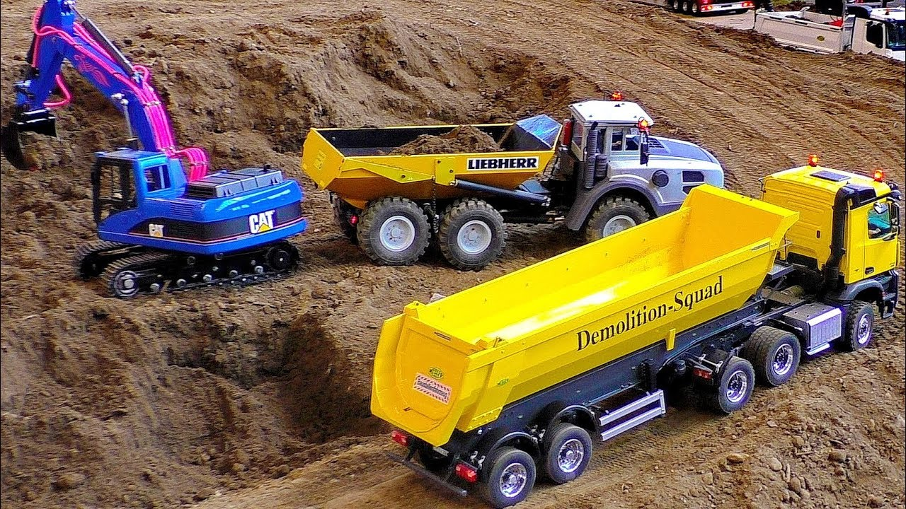 RC CONSTRUCTION SITE IN SCALE 1:16 WITH FASCINATING MODEL MACHINES IN MOTION