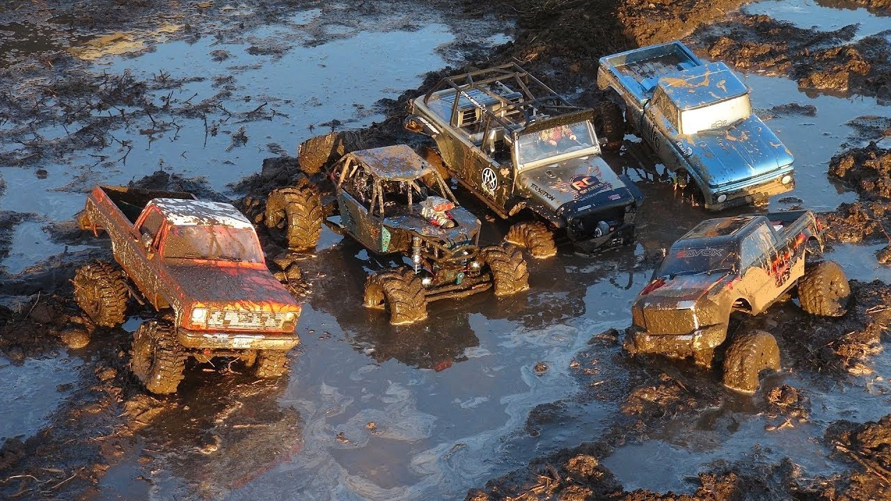 5 TRUCKS go to MUDViLLE! A COSTLY DAY in the PiT | RC ADVENTURES