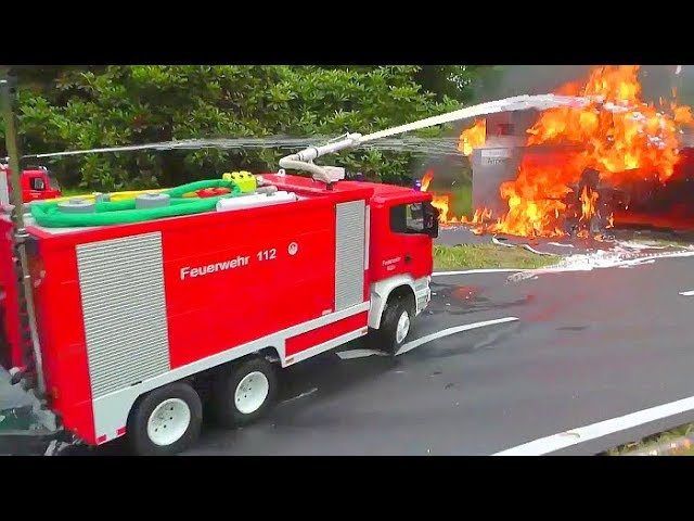 WORLDWIDE UNIQUE RC FIRE TRUCKS! HEAVY REAL FIRE! RC FIRE ENGINES! GRANDE FUOCO! FIRE TRUCKS! HOUSE FIRE