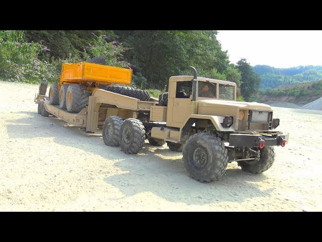 RC TRUCKS IN ACTION! HEAVY STONE BLOCKS LOAD! STRONG RC VEHICLES AT WORK! FANTASTIC VOLVO LOADER