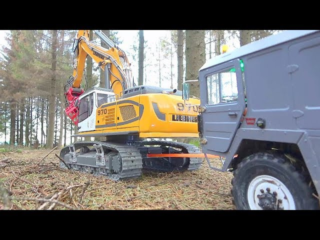 RC SPECIAL TRANSPORT! STRONG LIEBHERR R970 PULLS JEDER! RC IN THE WOODS! DEFEKT MAZ 537