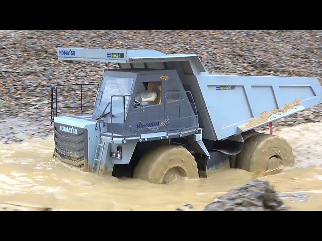 STUNNING RC VEHICLES WORK EXTREME! KOMATSU HD 405 AWD 4X4 FIRST DRIVE! GRÖßTE RC-KONSTRUKTION