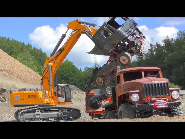 RC CONSTRUCTION VEHICLES EXTREME! CLAAS XERION 5000S! HEAVY RC CRASH! KIROVETS WORK IN MUD