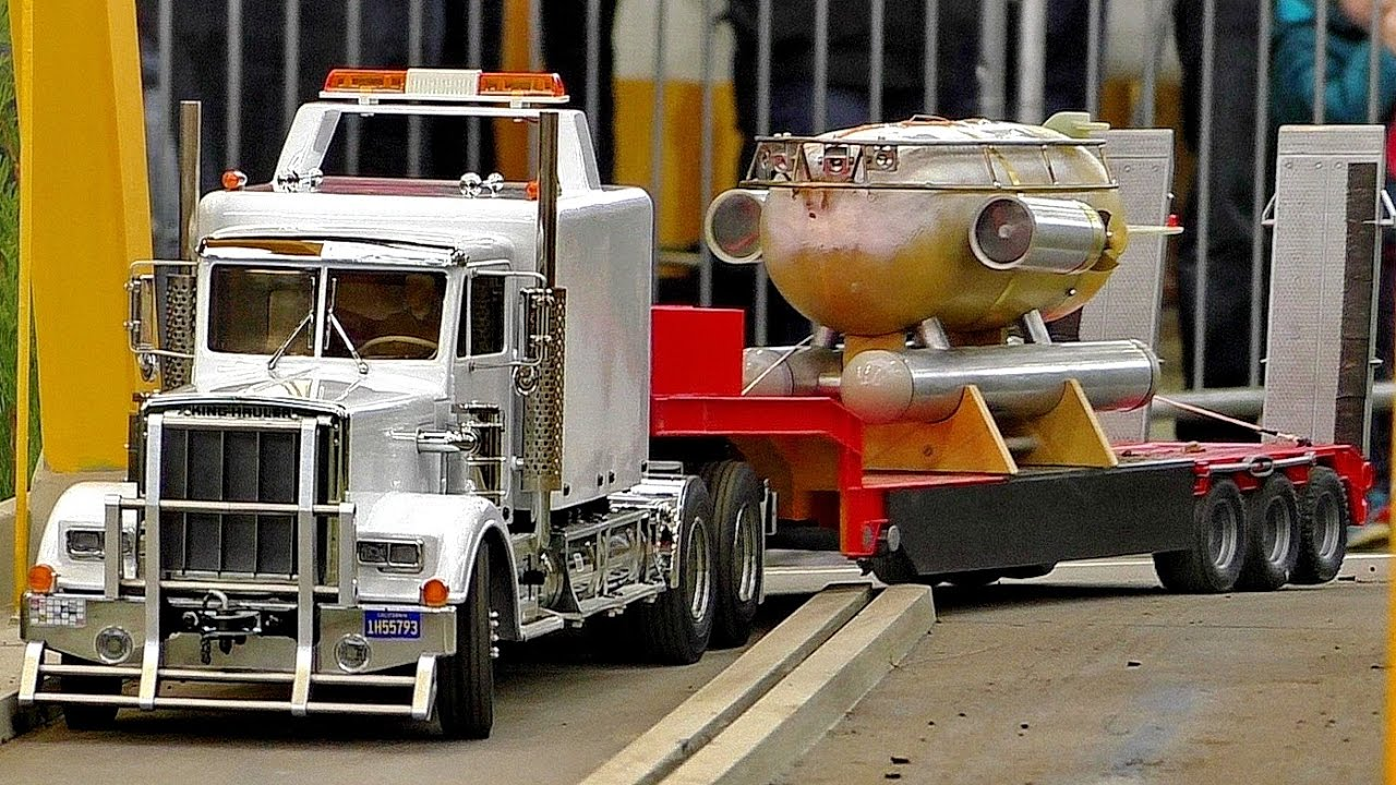 RC HEAVY TRANSPORT WITH THE 1:16 SCALE MODEL TRUCK AMAZING DETAIL MODEL IN MOTION