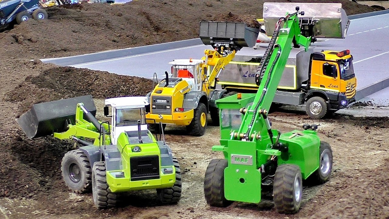 AMAZING RC CONSTRUCTION SITE WITH FASCINATING SCALE 1/16 MODEL MACHINES IN MOTION