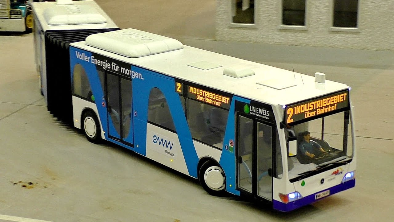 AMAZING RC MODEL BUS IN MOTION SUPER DETAILED IN SCALE 1/16