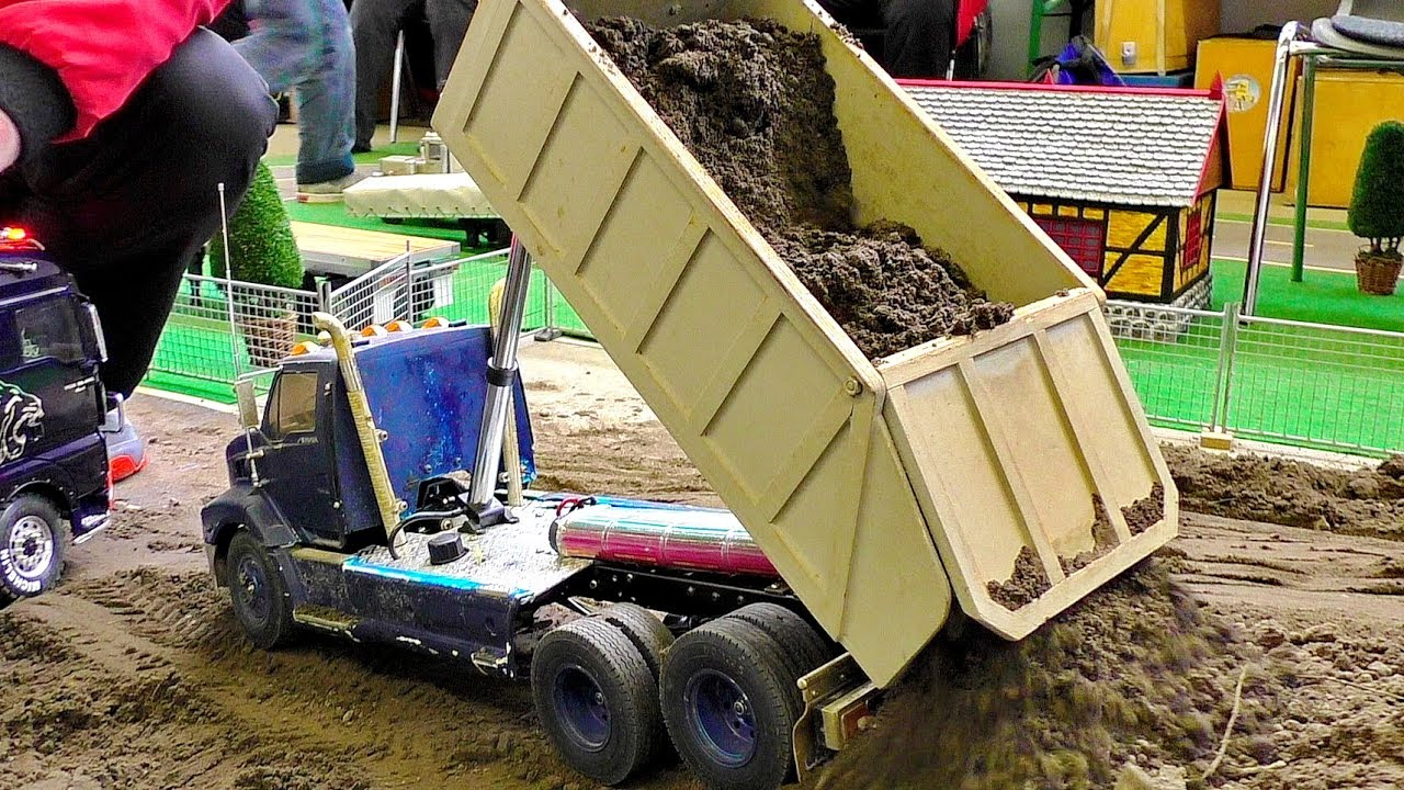 AMAZING RC CONSTRUCTION SITE EARTHWORK IN SCALE 1:16 WITH AMAZING MODEL MACHINES