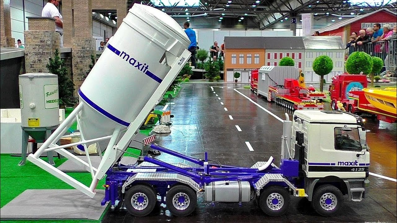 RC SILO MODEL LASTBIL TRANSPORT UTROLIGT DEATAILED MODEL I AKTION