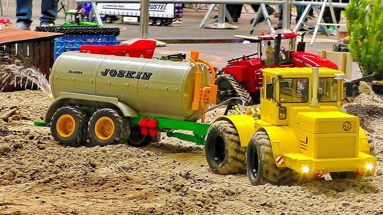 AWESOME RC MACHINE IN MOTION K-701 SUPER TRACTOR WITH JOSKIN SPRINKLERS AT WORK