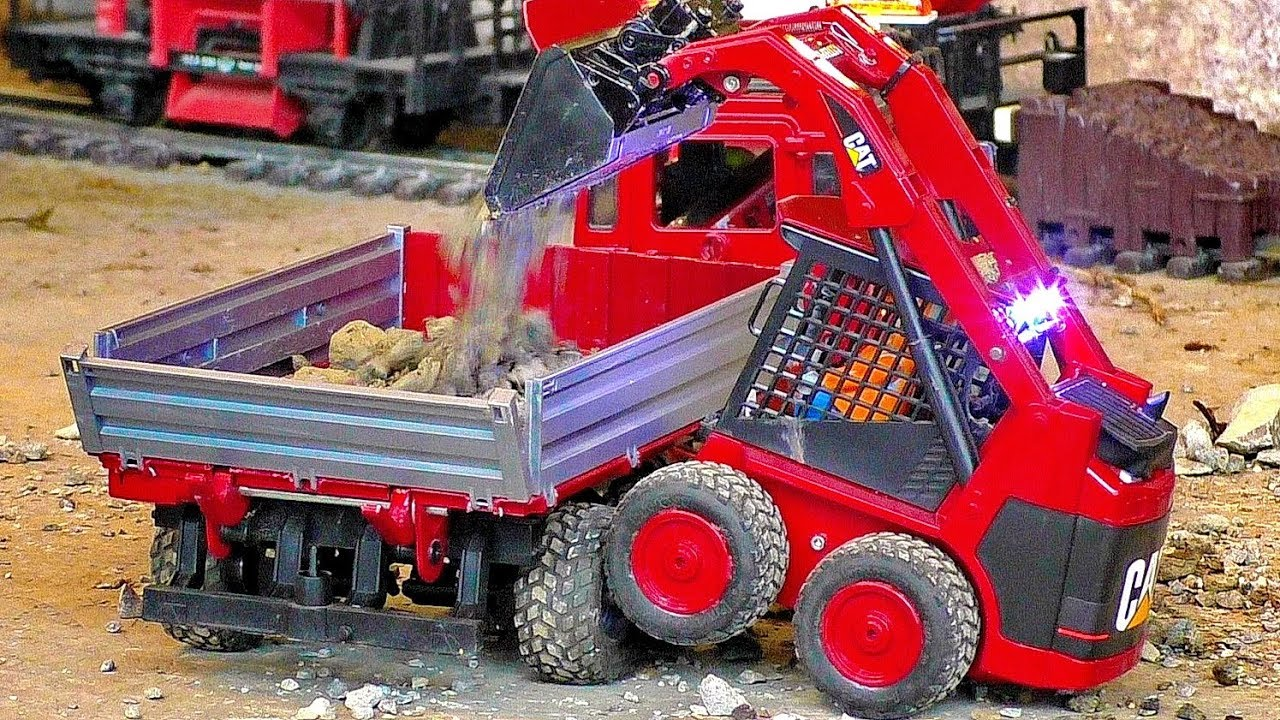 AMAZING MICRO RC CONSTRUCTION 4WD-JEEP AND DOZER WORKING HARD ALL MODELS IN MOTION