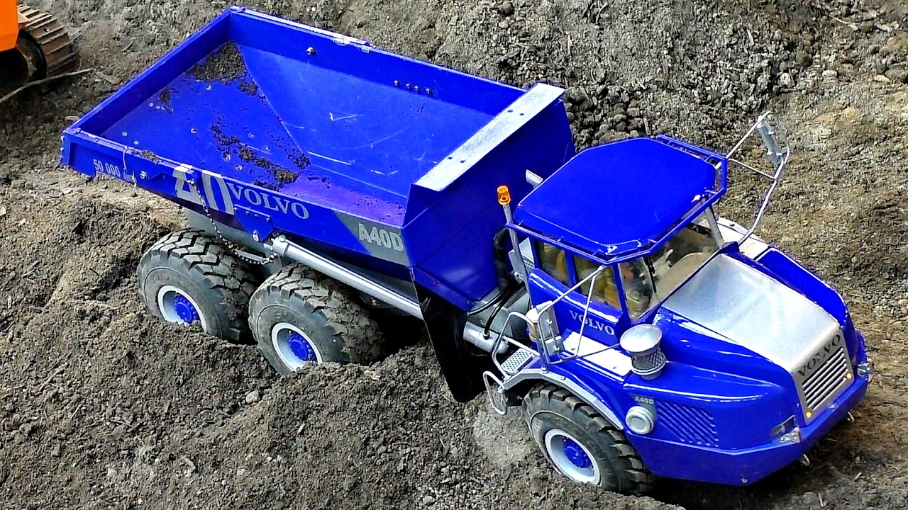 RC CONSTRUCTION SITE IN SCALE 1:14 AMAZING MODELS AT WORK / Faszination Modellbau 2016