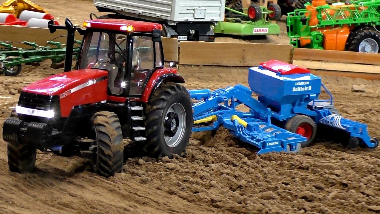 RC CASE III MX-270 SCALE 1:16 MODEL TRACTOR WITH DRILLS / Modell-Hobby-Spiel Fair Leipzig 2016