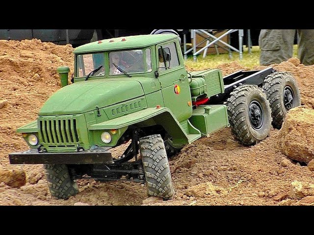 NICE OLD RC MILITARY VEHICLES IN MOTION FASCINATING MODELS OUTDOOR PRESENTED