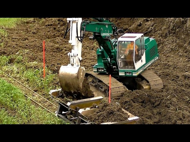 EARTHWORK AT THE RC CONSTRUCTION SITE / Intermodellbau Dortmund 2016