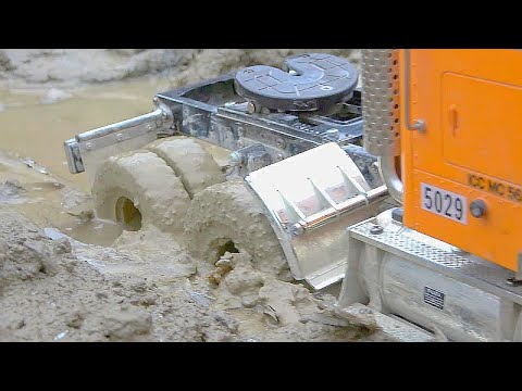 RC TRUCK IN MUD! GLOBE LINER STUCK ! SCANIA 6X6 SPECIAL! RC SPECIAL TRUCK! SCANIA AGRAR TRUCK