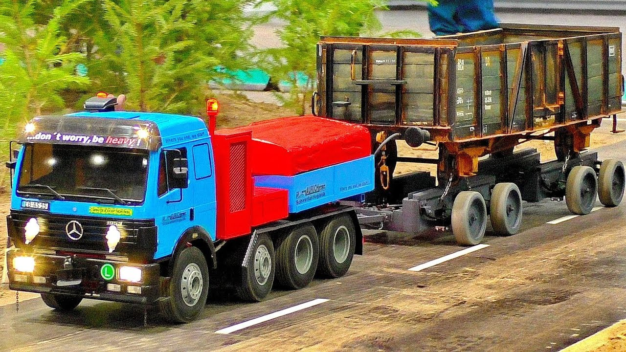 MODEL TRUCKS AMAZING RC SCALE 1:14  MACHINES WITH FASCINATING DETAILS IN MOTION ON A NICE PARCOUR