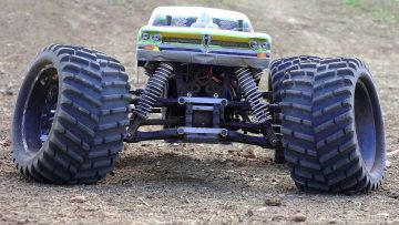 RC ADVENTURES – Worlds Largest Backyard RC Track – Electric Monster Truck 4×4 Experience
