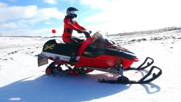 AVENTURAS RC – Modded 1/5 scale New Bright Snowmobile Skidoo