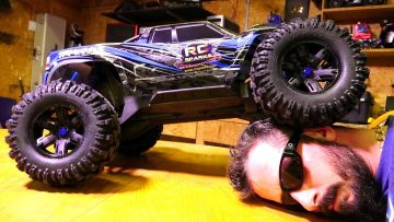RC ADVENTURES – Traxxas X-MAXX is HOW BiG?! Let's UNBOX one and SEE!