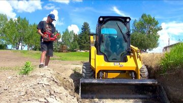 RC ADVENTURES – Radio Control Skid Steer – Full Size CAT 242D