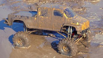 "MUD SOUP, WiNCH ACTiON – BOGGiNG Project: ""OVERKiLL 2020"" GMC TOP KiCK TRUCK: PT 13 