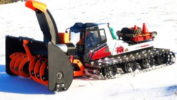 RC 冒险 – 3D Printed SnowBlower Working hard, Snow Cat cooks a Motor w/ smoke show!