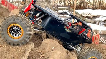 BLACK WiDOW SNATCH BLOCK ACTiON – RED NECK 4×4 TACKLES the BACKYARD TRAiL PARK | RC AVENTURI